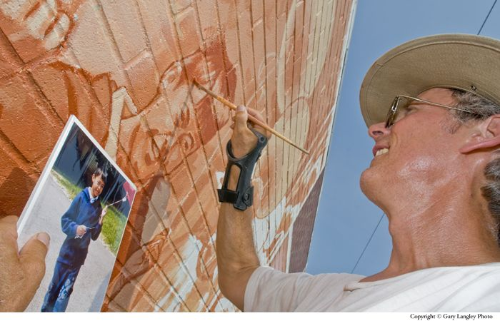 At work on the Somersworth Mural  (Copyright © Gary Langley Photo)